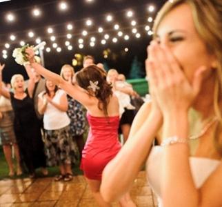 Прикольные призы для конкурсов на свадьбу
